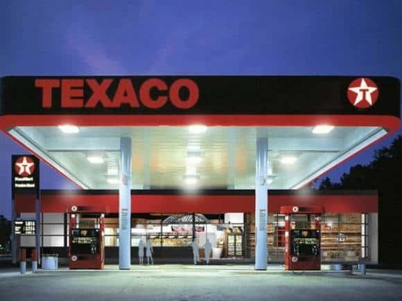 Texaco Europabaan in Woerden ontgeurt bakdampen en voorkomt vette aanhechting in luchtafvoerkanalen met geavanceerde ozontechnologie van Ozone Blaster